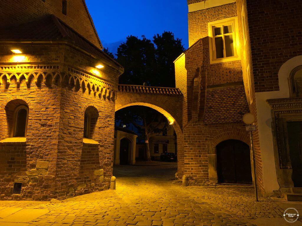 Kluskowa Brama we Wrocławiu