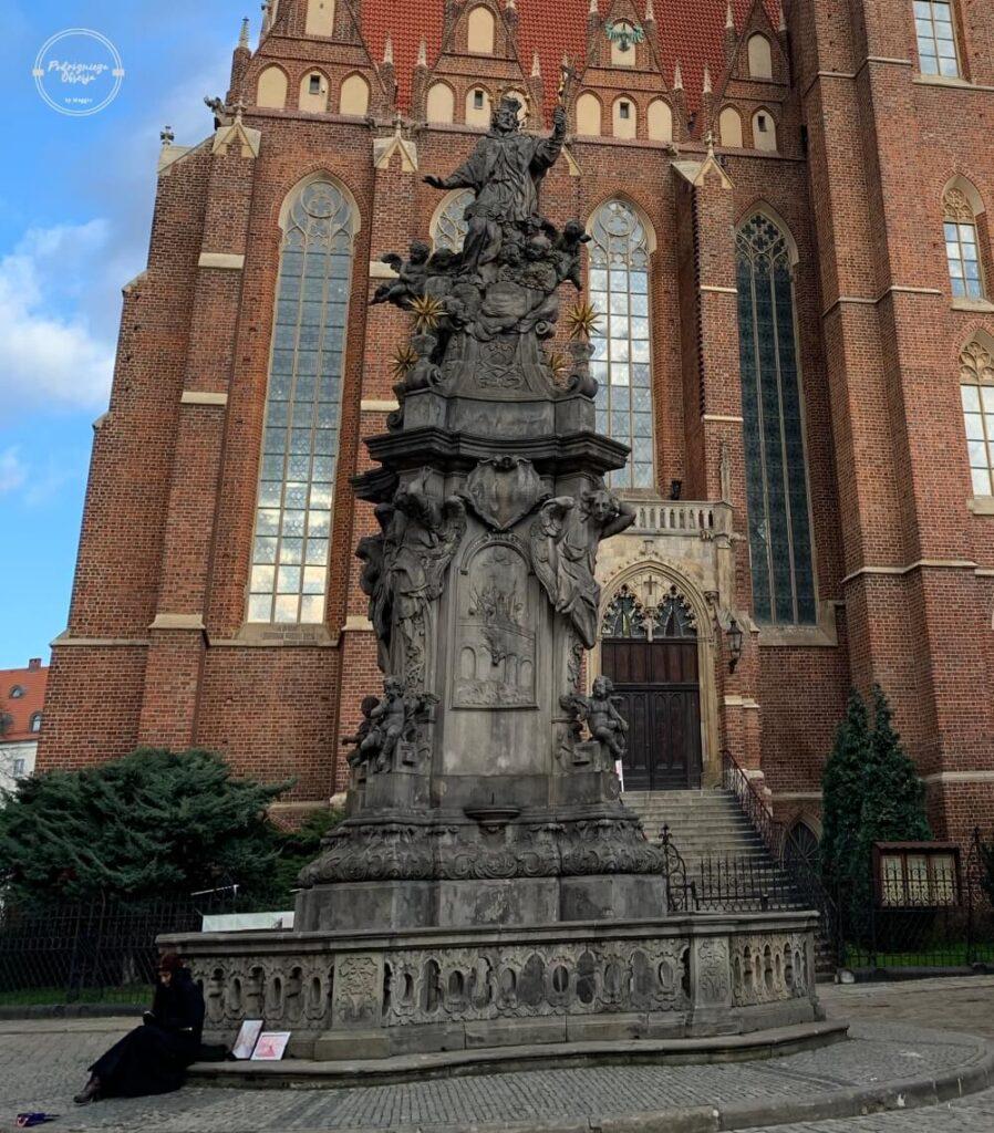 Pomnik Św. Jana Nepomucena