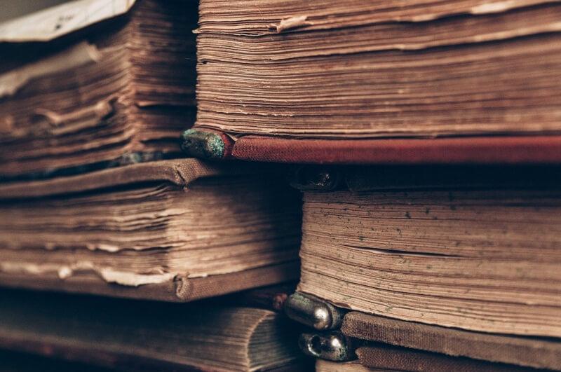 Stare księgi