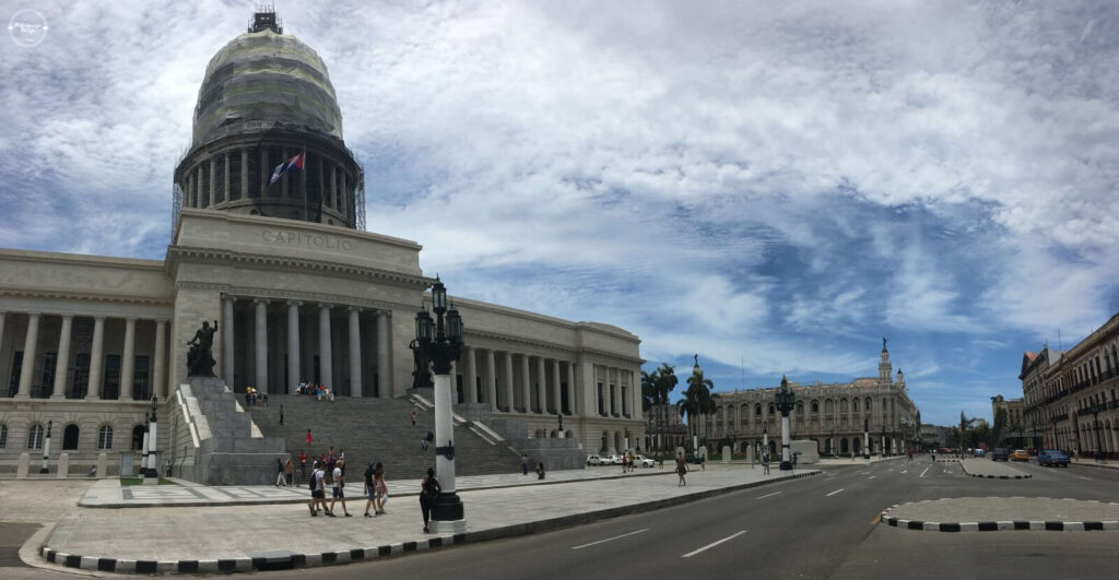 El Capitol w Hawanie
