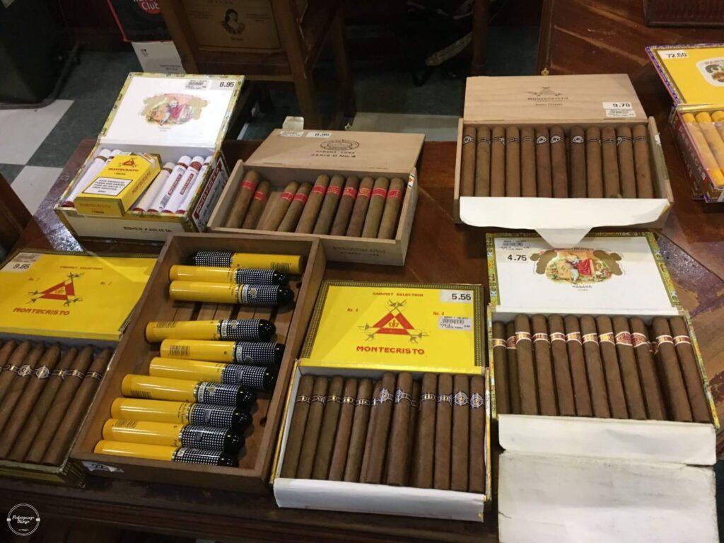 Kubańskie cygara w fabryce cygar