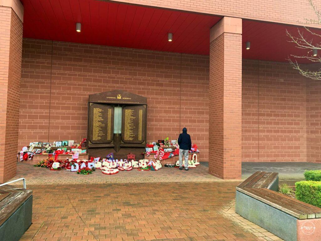 liverpool-fc-memorial